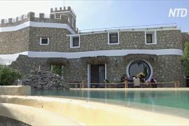 Египтянин построил дом мечты из переработанных материалов