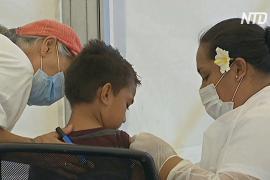 Эпидемия кори в Самоа: невакцинированные семьи вывешивают красные флаги