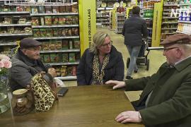 Супермаркет в Нидерландах приглашает пожилых выпить кофе и поболтать