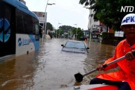 Растёт число погибших в результате наводнения в Джакарте