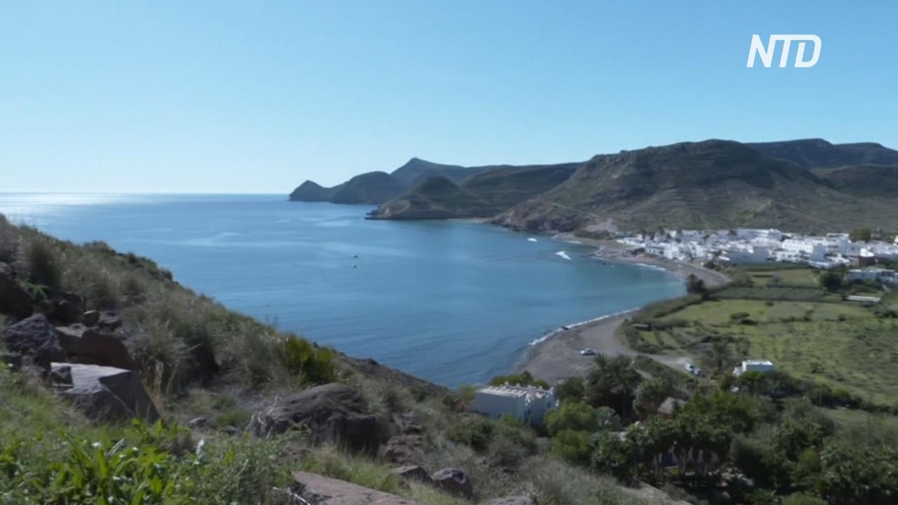 В уединённой испанской бухте уже 30 лет живут экопоселенцы