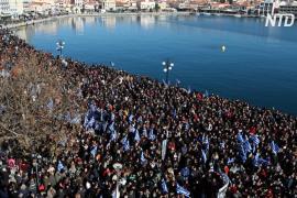 Греки требуют очистить от мигрантов Лесбос, Самос и Хиос