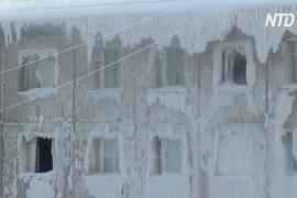 Почему общежитие в Иркутске превратилось в «дом-айсберг»