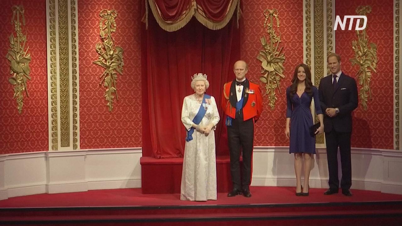 Музей мадам Тюссо отделил восковых Гарри и Меган от королевской семьи