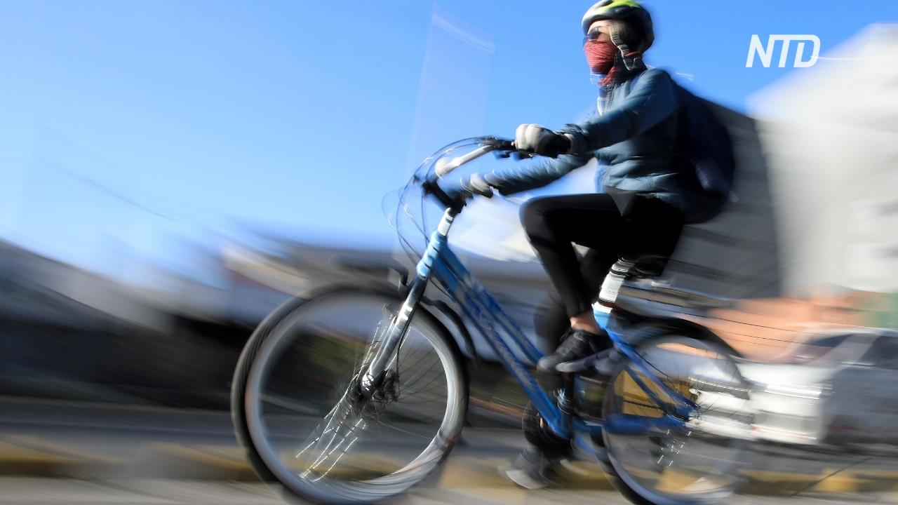 День без автомобилей: жители Боготы пересели на велосипеды
