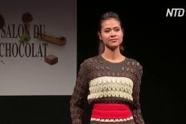 Модели в нарядах из шоколада вышли на подиум в Брюсселе