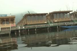 Плавучие отели в Кашмире делают скидки, чтобы вернуть туристов