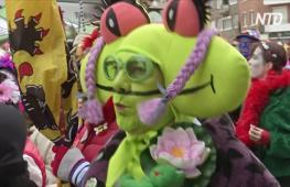 Маскарадные костюмы и град из трески: как в Дюнкерке проходит карнавал