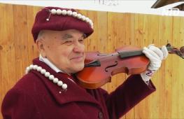 Вятский модник: 73-летний житель Кирова прославился на всю страну