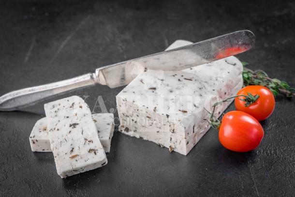 Brynza syr rassolnyj s pripravoj - Деревенские продукты – для здорового питания