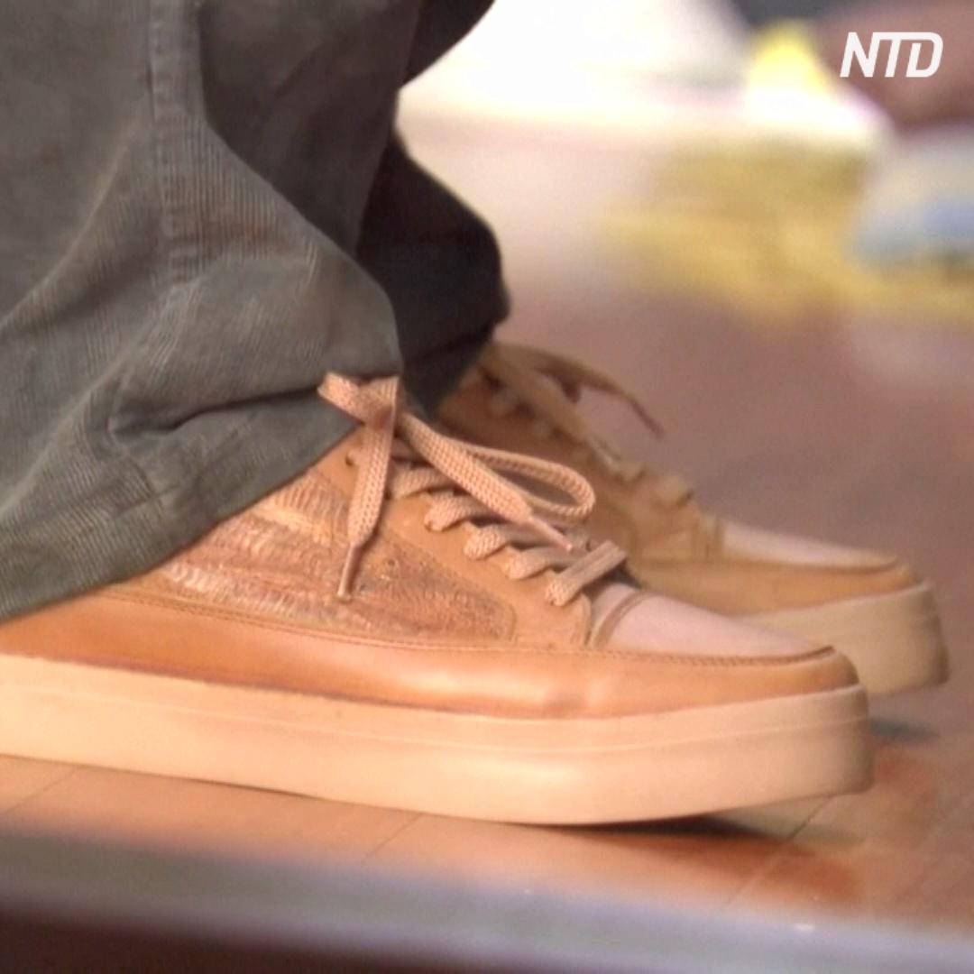 Обувь из кожи с куриных лапок не хуже крокодиловой или змеиной