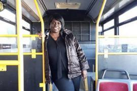 Как переоборудовали автобус, чтобы помочь бродягам