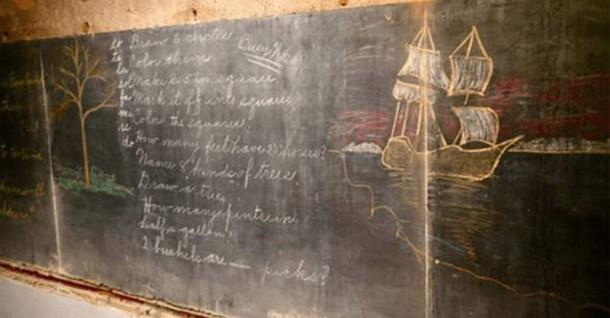 Необычное открытие: что писали на школьных досках в 1917 году