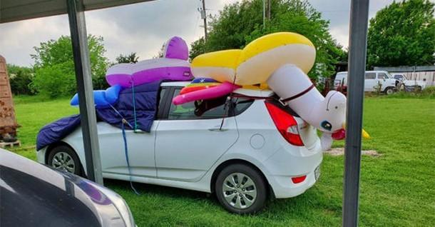 Креативно: как техасцы защищают свои авто от града