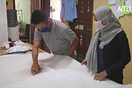 Индонезийка не думает о прибыли и шьёт защитные костюмы для больниц