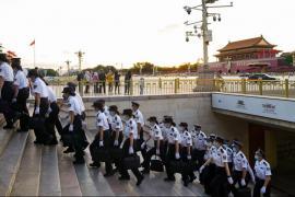 Власти Китая преследуют петиционеров во время важной политической встречи