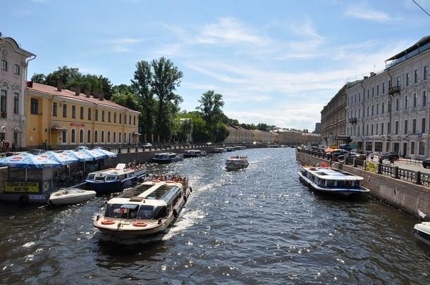 «Петербургские круизы» приглашают в путешествие