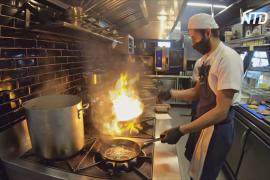 Модные рестораны Боготы готовят для нуждающихся колумбийцев