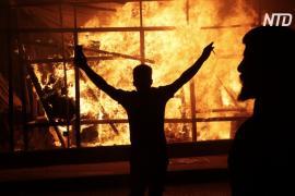 Протестующие в Ливане перекрывают дороги и жгут покрышки