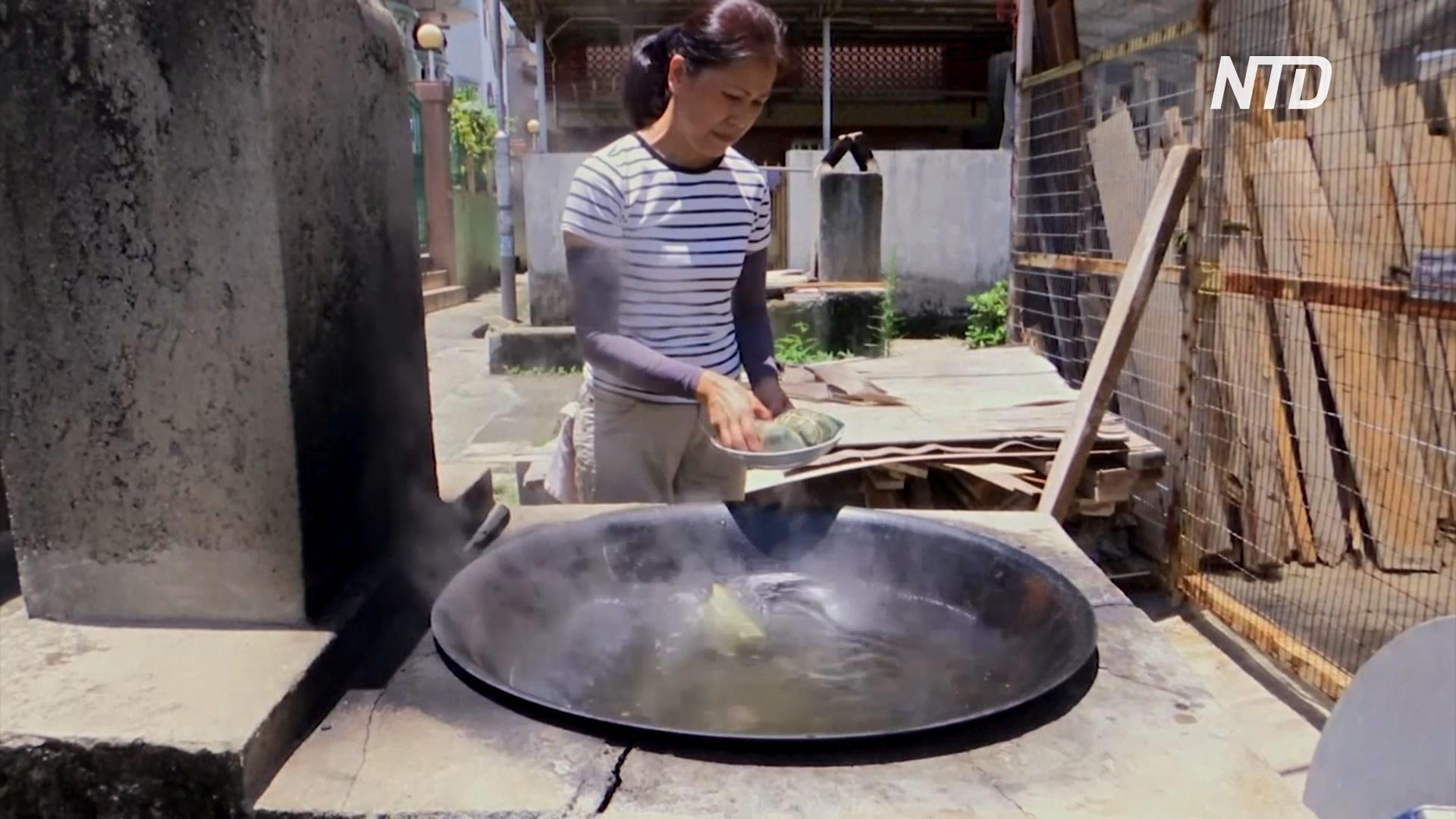 Цзунцзы на дровяной печи: жительница Гонконга готовит, не боясь жары