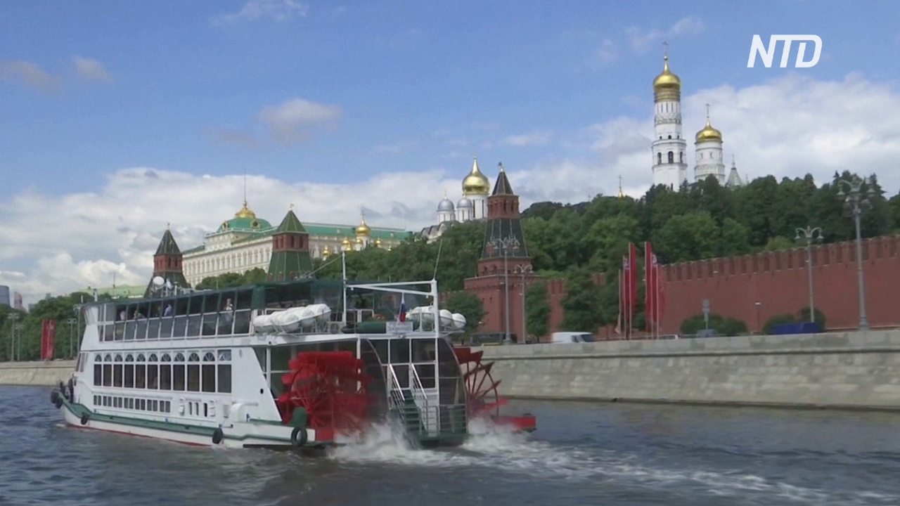 Москвичи снова могут кататься на речных трамваях