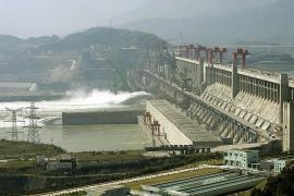 Эксперты говорят, что плотина «Три ущелья» в Китае может рухнуть
