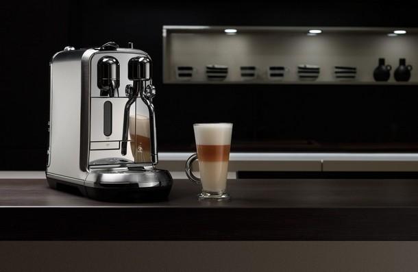 Капсульная кофемашина C830 CreatistaPlus