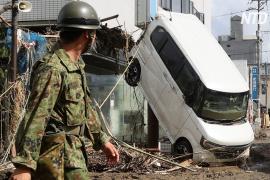 Ливни в Японии будут усиливаться, погибших уже 50