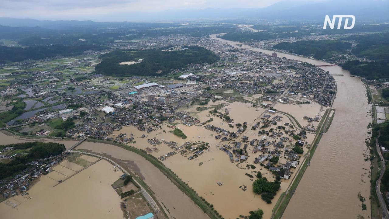 В Японии и в Китае растёт число жертв наводнений и оползней