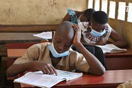 В ЮАР снова закрывают школы из-за распространения COVID-19