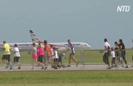 Забеги, экскурсии и свадьбы: аэропорт в Праге креативно побеждает кризис