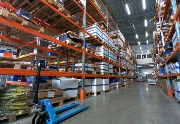 Фото склада компании