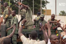 Мятежники в Мали призвали людей возвращаться на работу