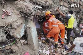 В Индии рухнула жилая пятиэтажка, под завалами оказались десятки человек