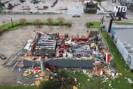 Жертвами урагана «Лаура» в США стали не менее 16 человек