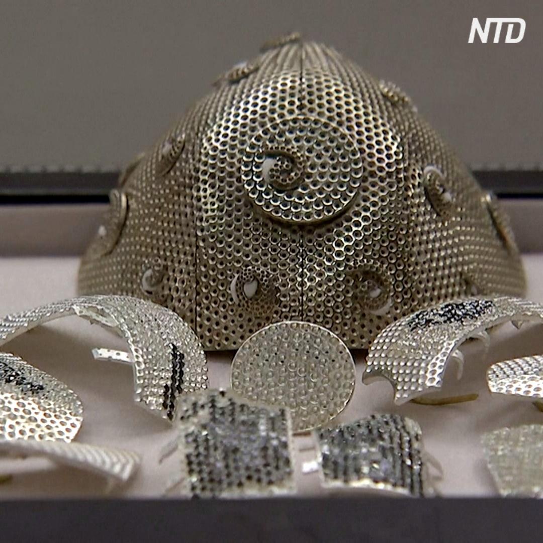 Защитная маска для лица с бриллиантами за $ 1,5 млн: кто её заказал
