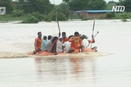 Многие регионы Индии страдают от наводнений