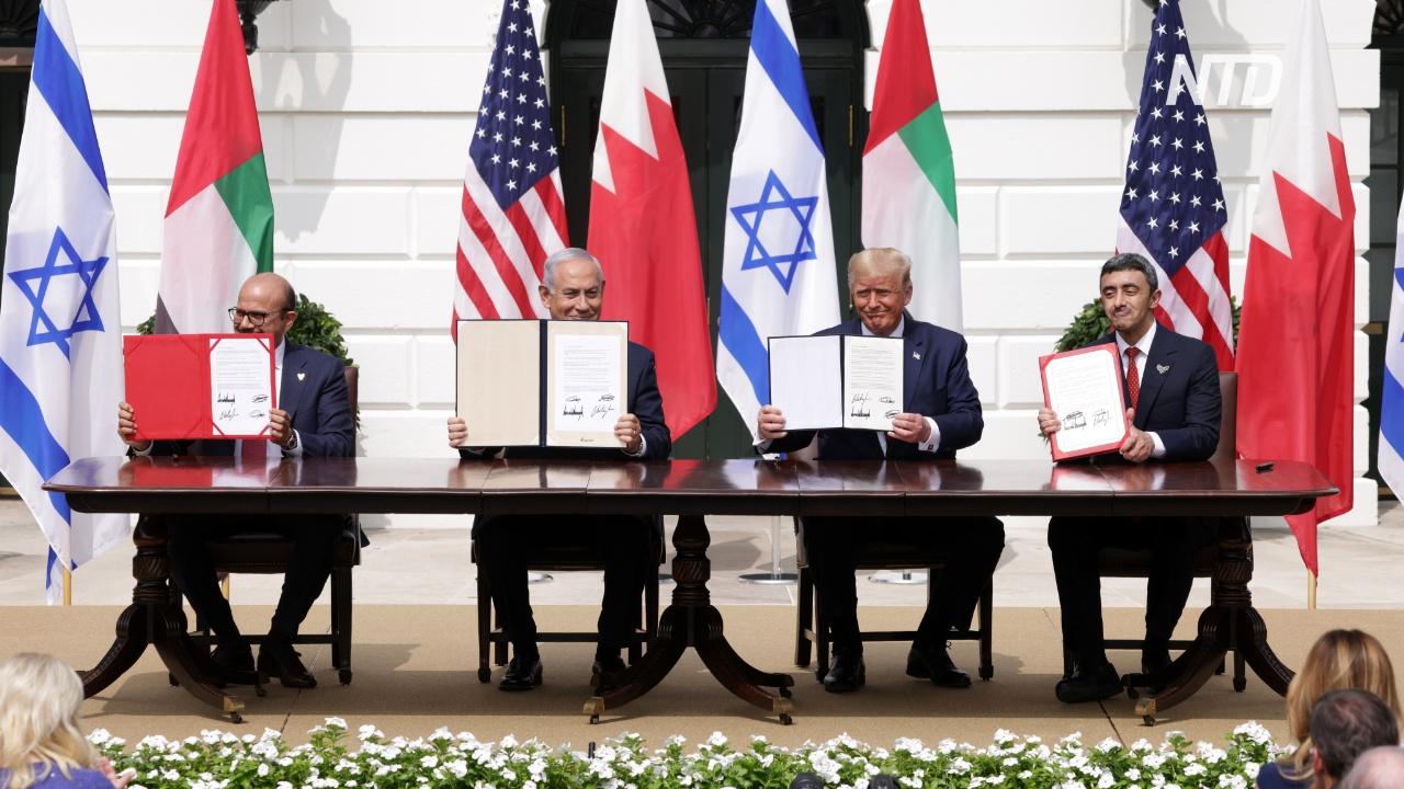 Израиль подписал исторический мир с ОАЭ и Бахрейном
