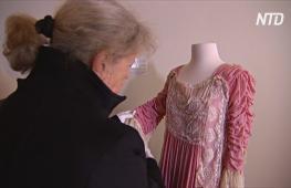 Гламурные платья раскрывают истории колониального прошлого Тасмании