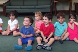 Что развеселило малыша на уроке музыки? Весёлое видео