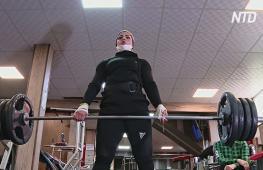 Иранским женщинам разрешили участвовать в соревнованиях по пауэрлифтингу