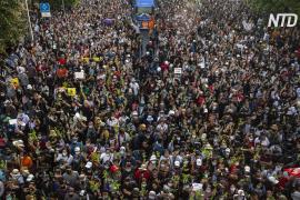 В Бангкоке ввели режим ЧП из-за масштабных антиправительственных протестов