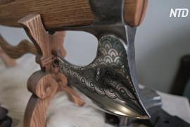 Декоративные топоры и секиры: уральские мастера черпают вдохновение в книгах и истории