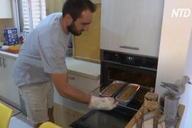 Пирог к выходным: израильские волонтёры помогают пожилым во время изоляции