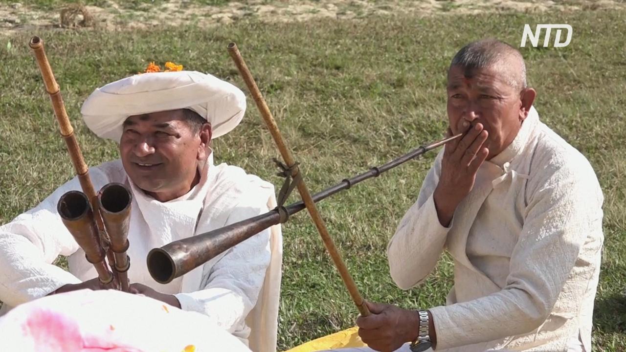 Средневековый городок в Непале празднует «Сикали Джатра»