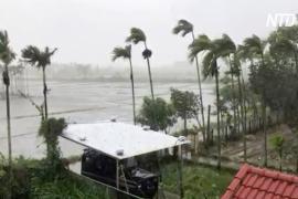 Тайфун «Молаве» ударил по Вьетнаму