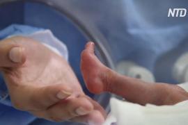 В Перу новорождённый весом 580 г не только выжил, но и победил COVID-19