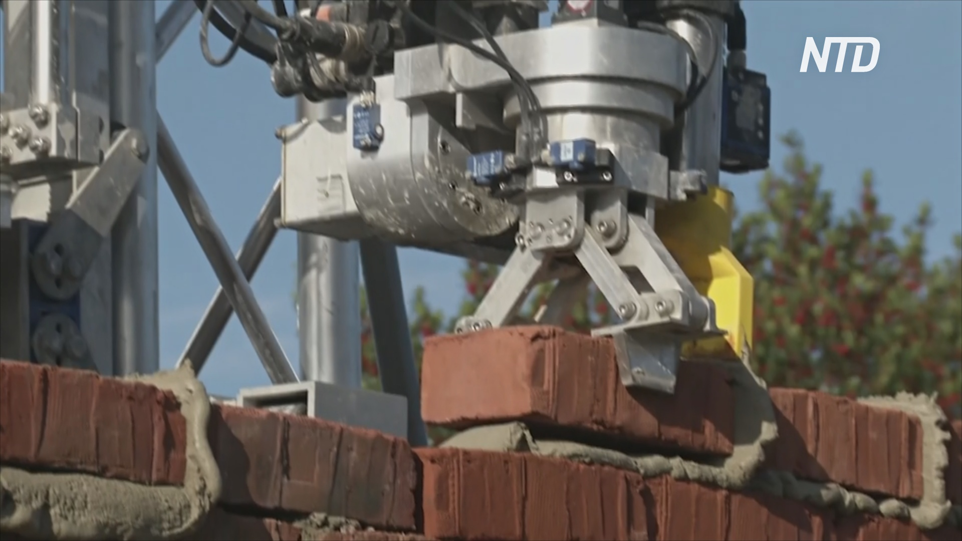 В Великобритании появится первый дом, построенный роботом-каменщиком