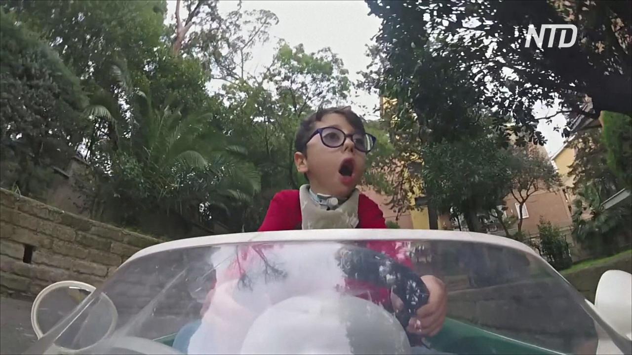 7-летний мальчик с инвалидностью вдохновляет других в социальных сетях