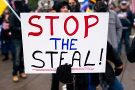 Участники протестов Stop the Steal в США предупреждают об опасности пути к социализму